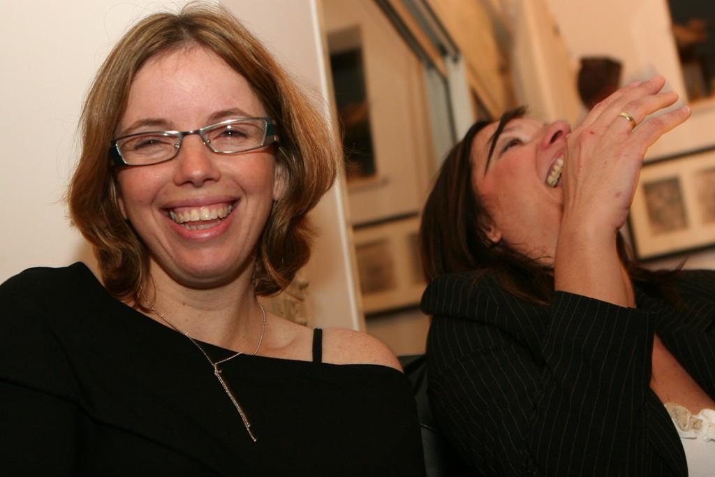 שלומי אלגוסי מציג סדנאות הומורת למורים